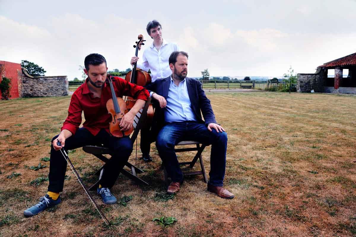 The Phoenix Piano Trio, group photography – Photo by Frances Marshall (Marshall Light Studio)