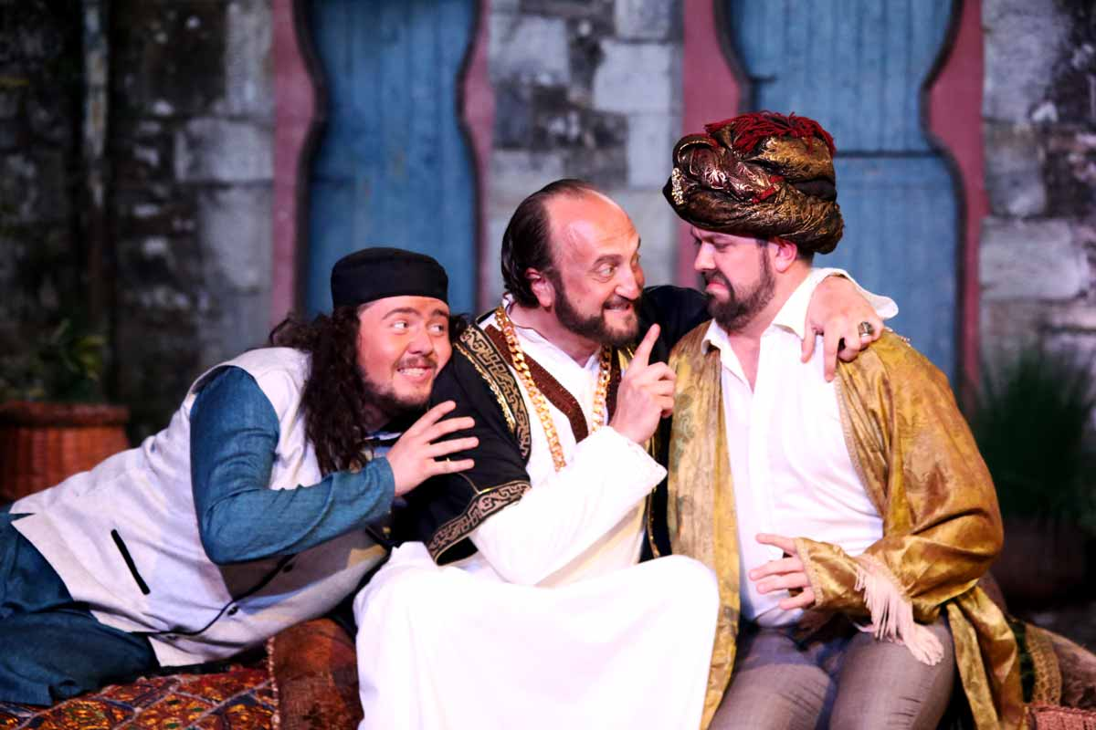 L'Italiana in Algeri – 2018 Blackwater Valley Opera Festival – Photo Frances Marshall