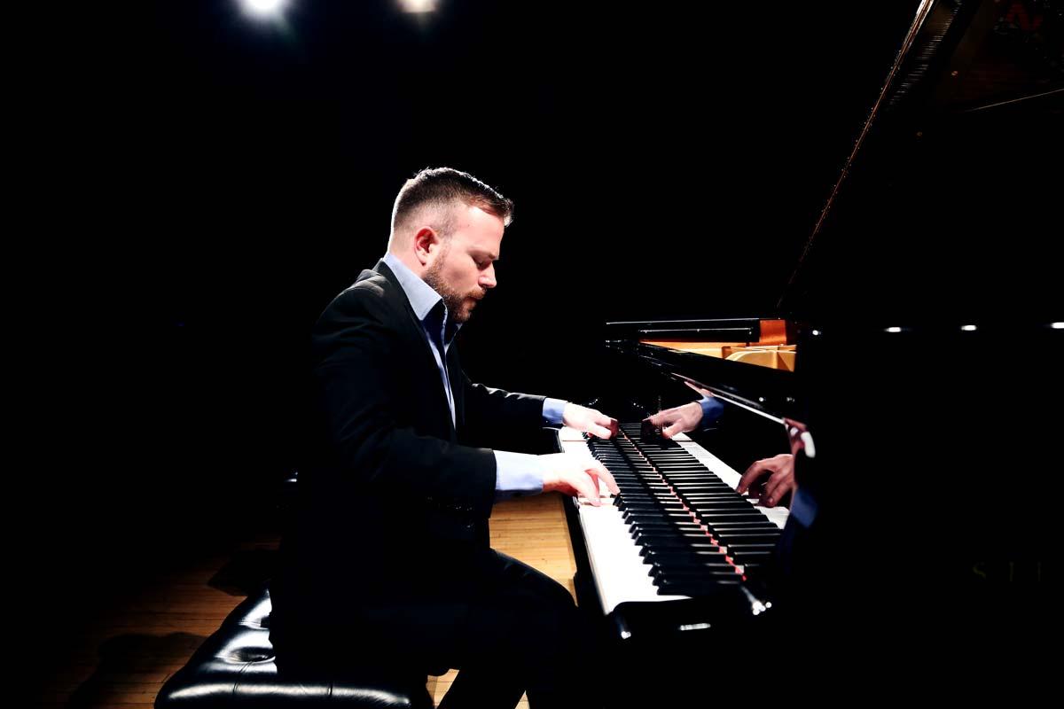 David Quigley, Pianist – Photo Frances Marshall