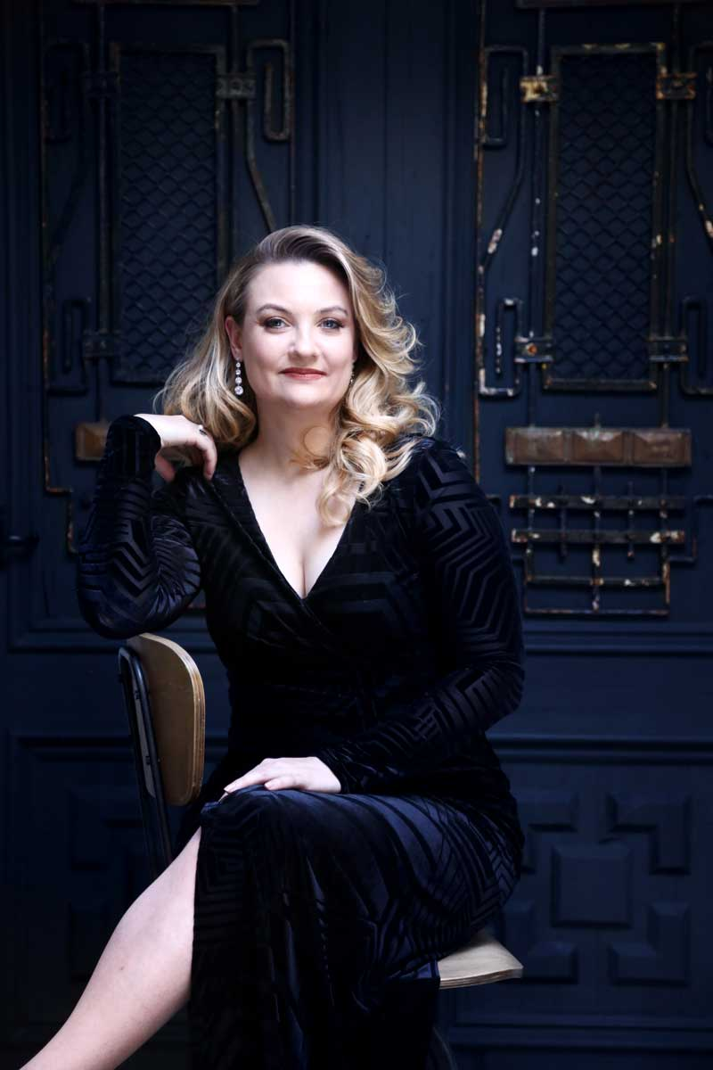 Jennifer Davis, Soprano – Photo by Frances Marshall